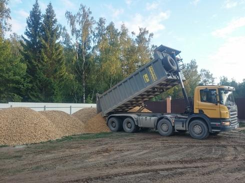 Завершается строительство поселковых дорог
